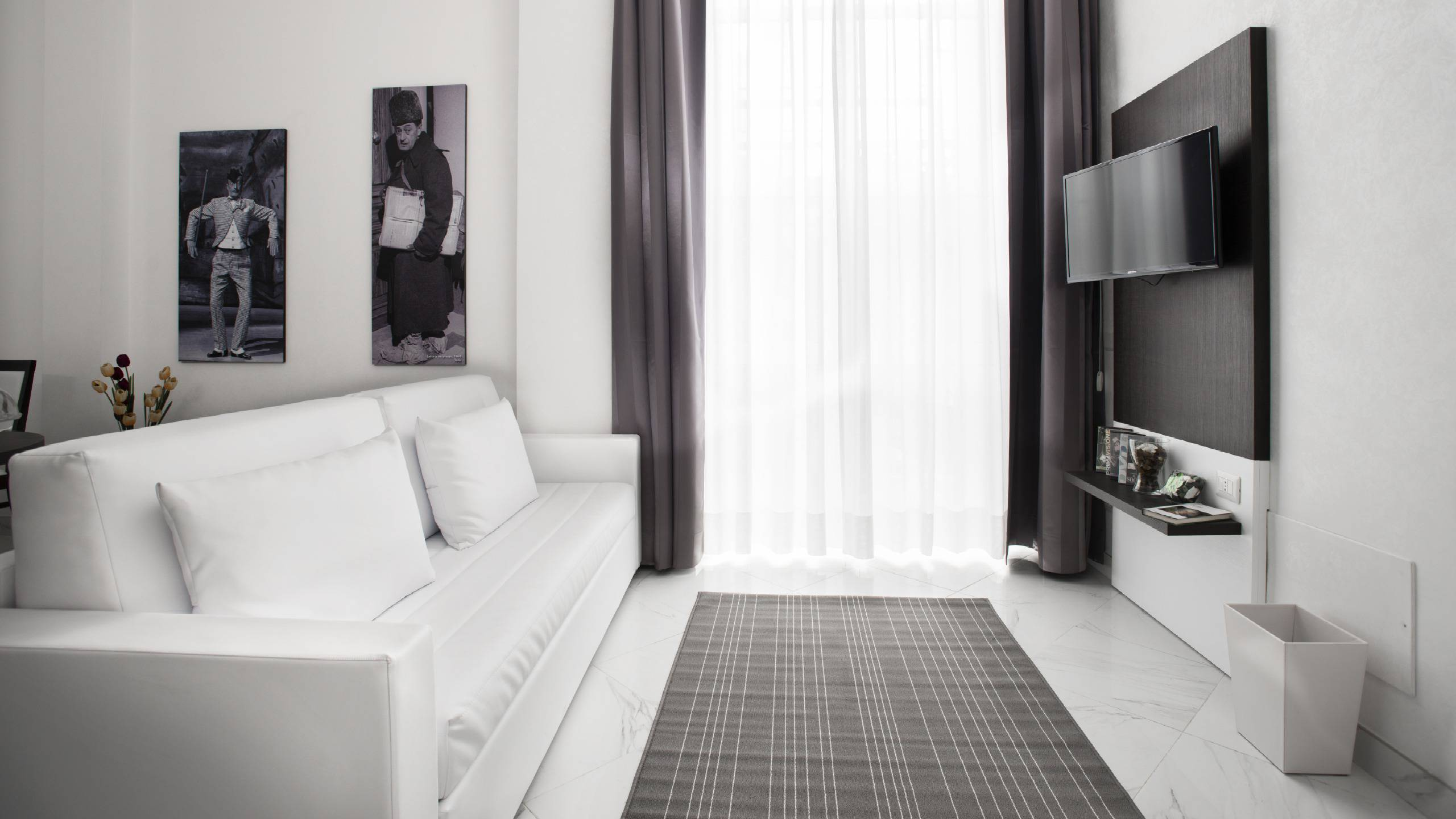 Morin-10-rome-Exclusive-Suites-rome-living-room1821a